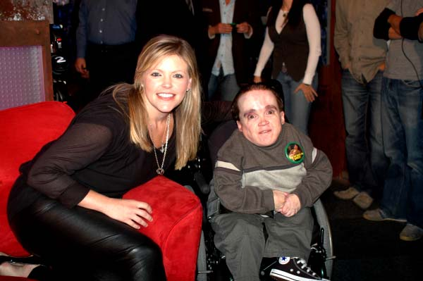 https://clairehasehlersdanlos.files.wordpress.com/2015/02/1fb7b-rs-11-03-08-natalie-maine-and-eric-the-midget.jpg